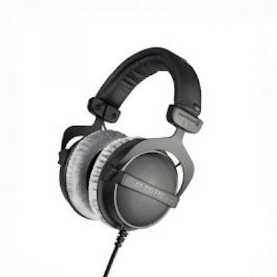 beyerdynamic DT 770 PRO: Closed studio headphones