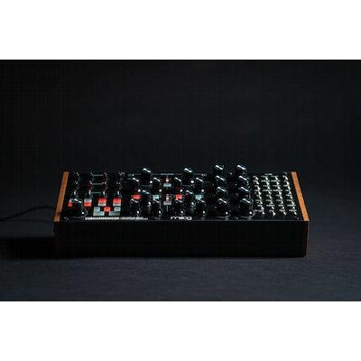 Subharmonicon   Moog