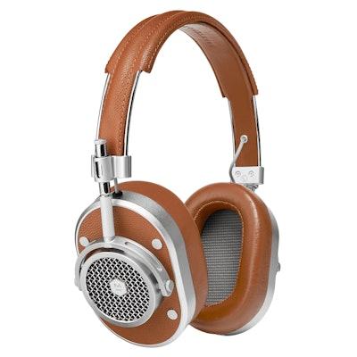 MH40 Noise Isolating Over Ear Headphones | Master & Dynamic