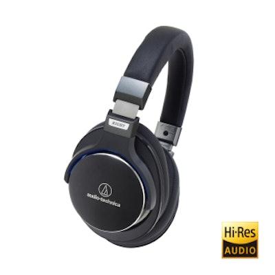ATH-MSR7BK SonicPro� High-Res Audio Over-Ear Headphones || Audio-Technica US
