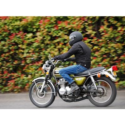 Motrocycling