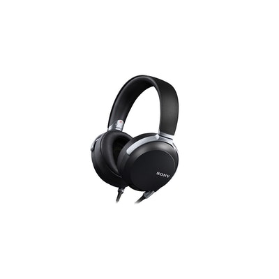 Professional Headphones for High-Resolution Audio | MDR-Z7. | Sony US