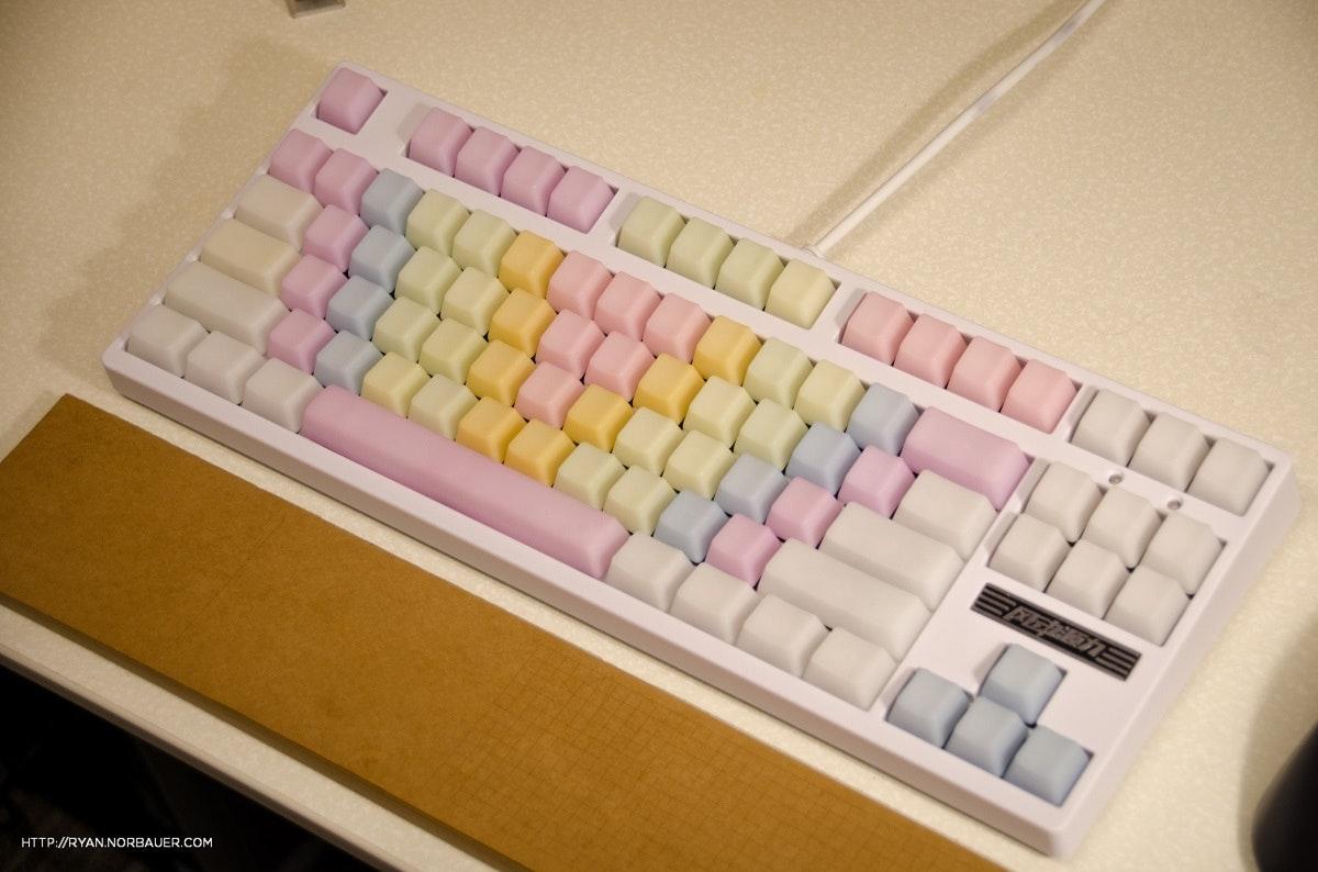 Rainbow Jelly POM Keycap Set