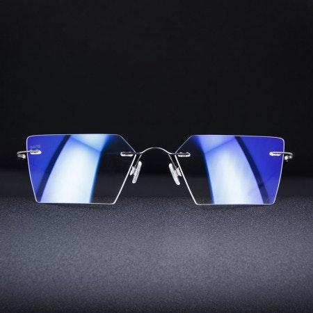 Gauss Eyewear   KWA Glasses