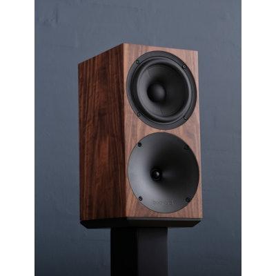 S400 Smoked Oak — Buchardt Audio