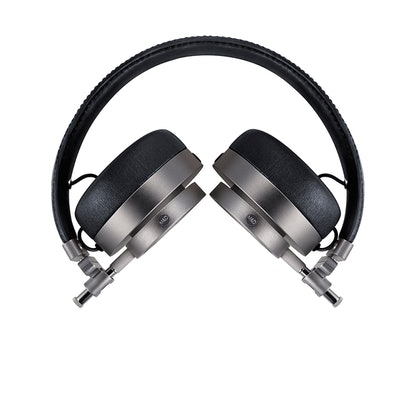 MH30 Foldable On Ear Headphones | Master & Dynamic