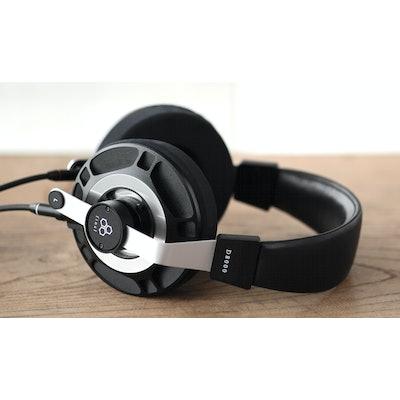 final audio  D8000