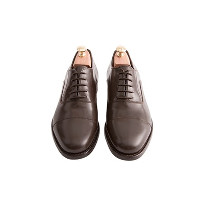 Brown Oxford Shoes with Complimentary Cedar Shoe Trees