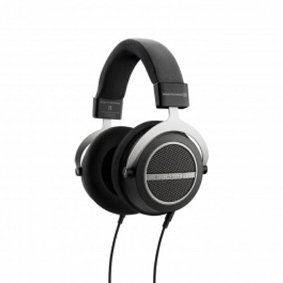 beyerdynamic Amiron home: Headphones for audiophile listening pleasure