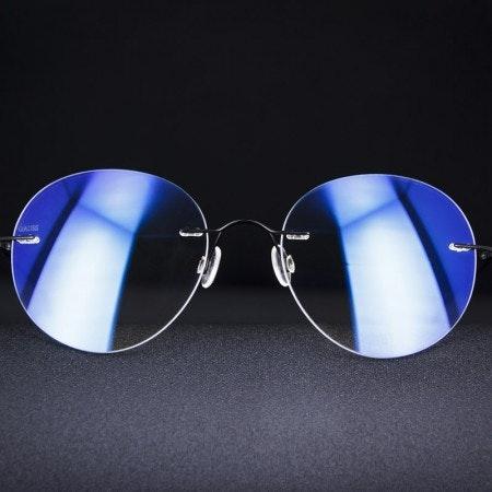 Gauss Eyewear   Pan Glasses