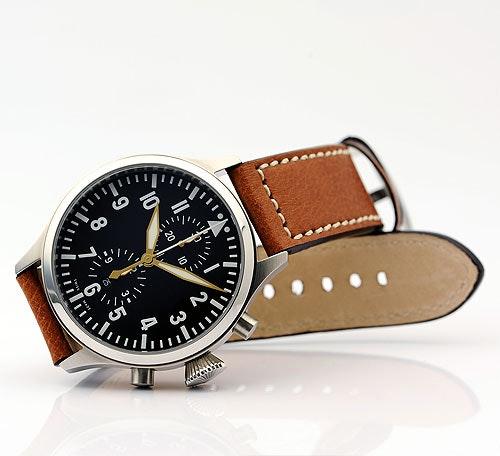 Nav.B- Chrono Limited gold Edition  -  Steinhart Watches