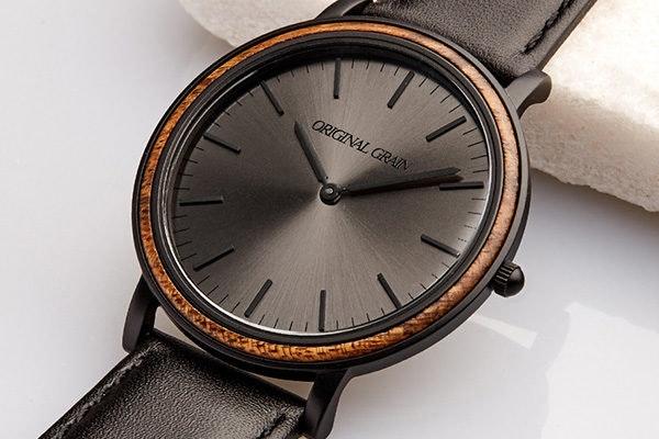 Ebony / Matte Black Minimalist – Original Grain Watch