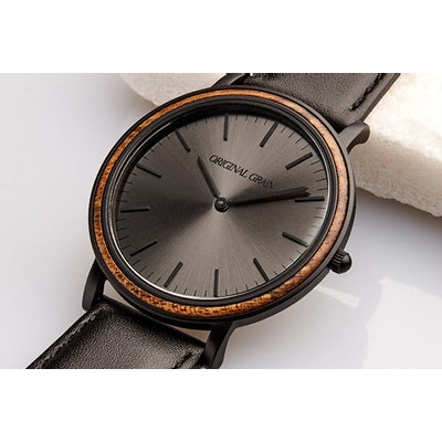 Ebony / Matte Black Minimalist – Original Grain Watch