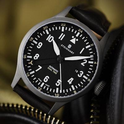 STEINHART Nav.B-Uhr 44 Dual Time Titanium |Fliegeruhr  - Steinhartwatches