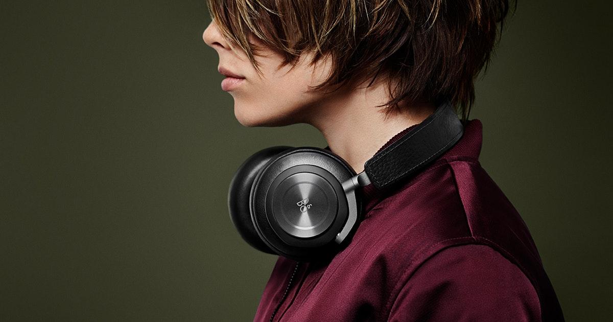 H7 - Premium wireless over-ear headphone