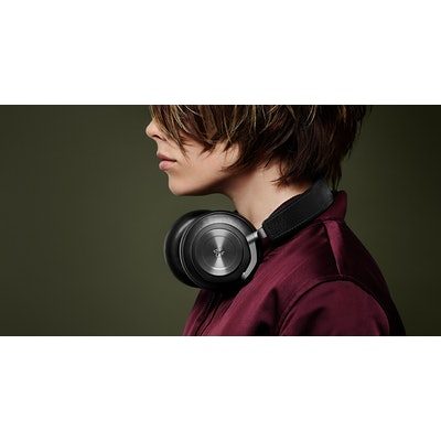 H7 - Premium wireless over-ear headphone