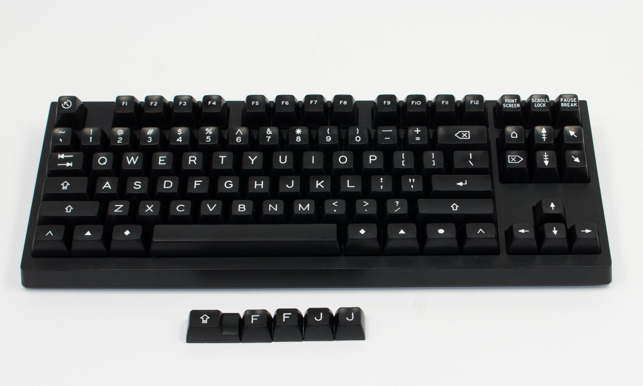 Modern Selectric - Black - Base TKL Set