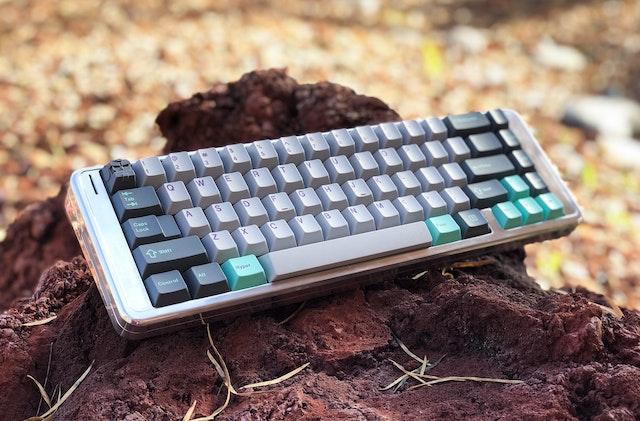 Keyboard & Drink | Massdrop