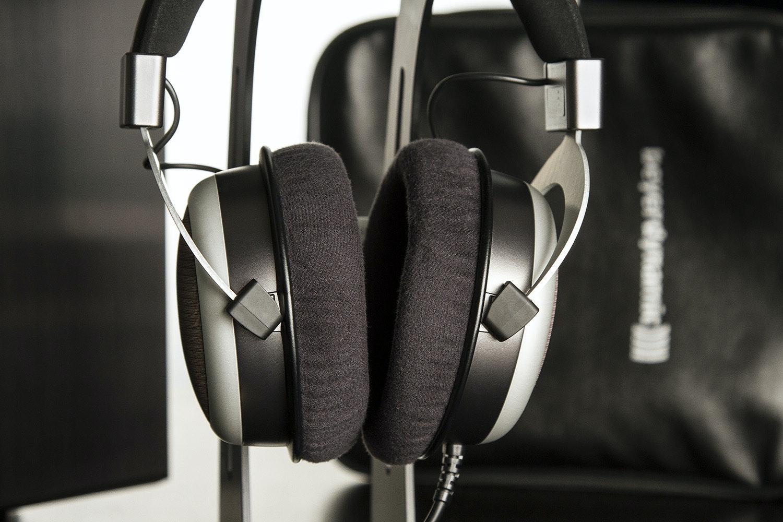 Beyerdynamic T90 Audiophile Headphones