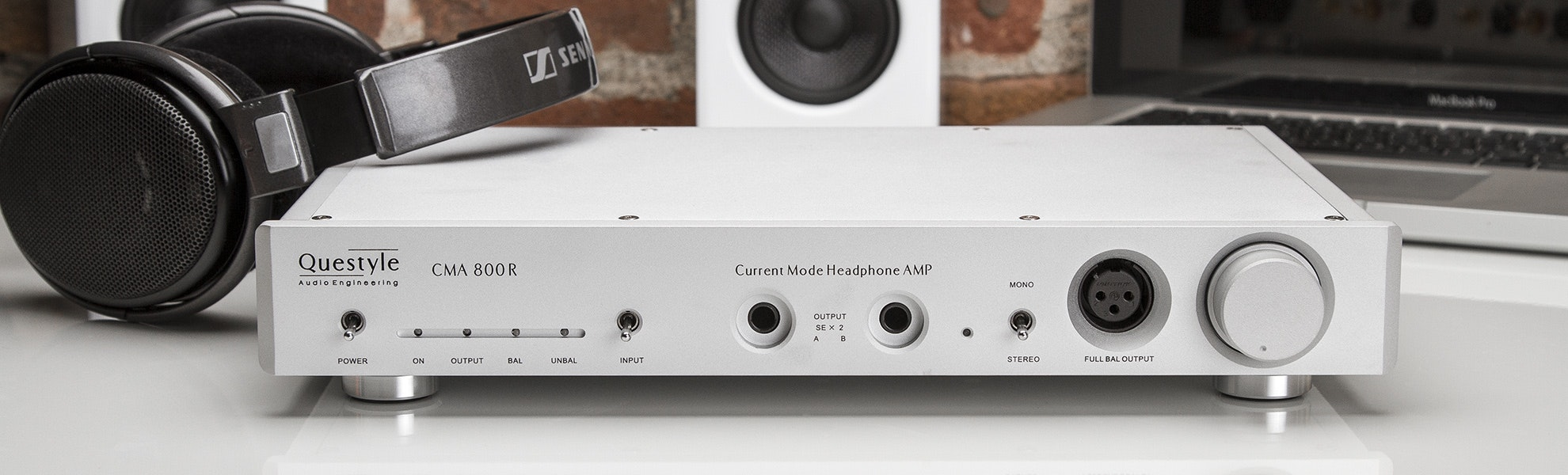 Questyle CMA 800R Headphone Amplifier