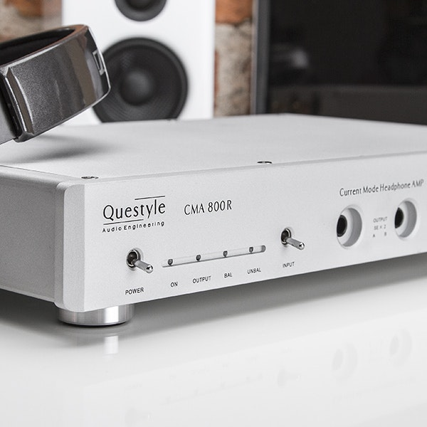 Questyle CMA 800R Headphone Amplifier