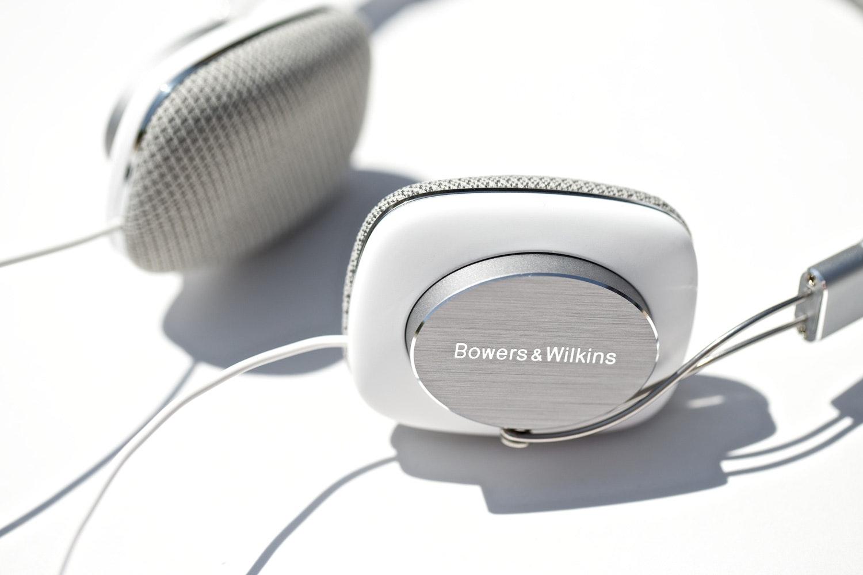 B&W P3 Portable Headphones
