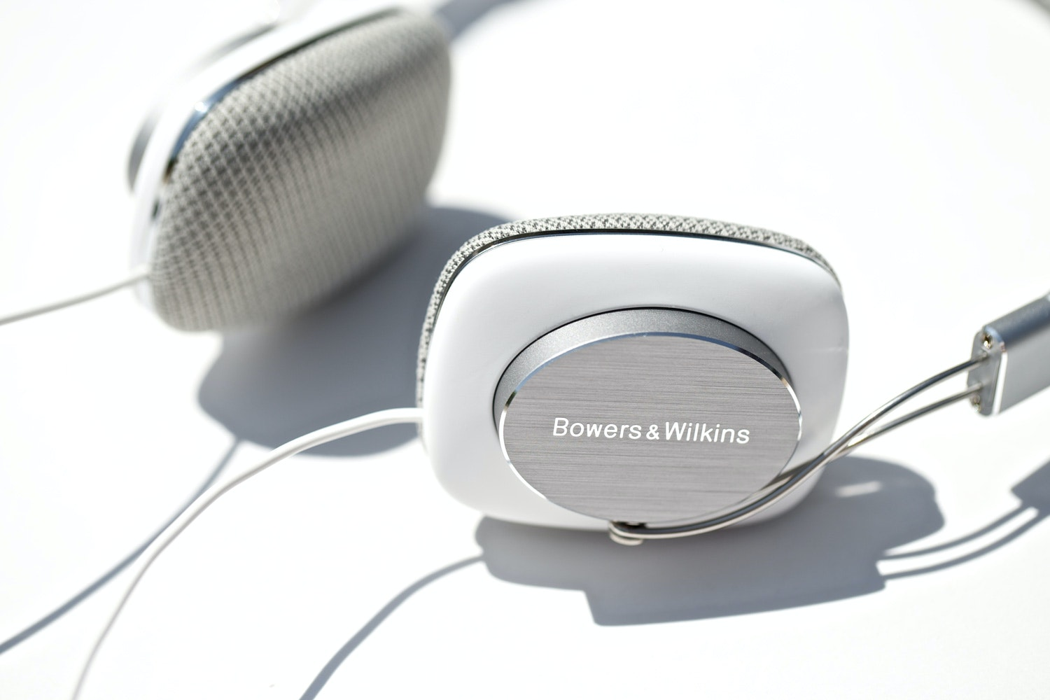 B&W P3 Portable Headphones