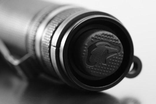 EagleTac P200LC2 Flashlight