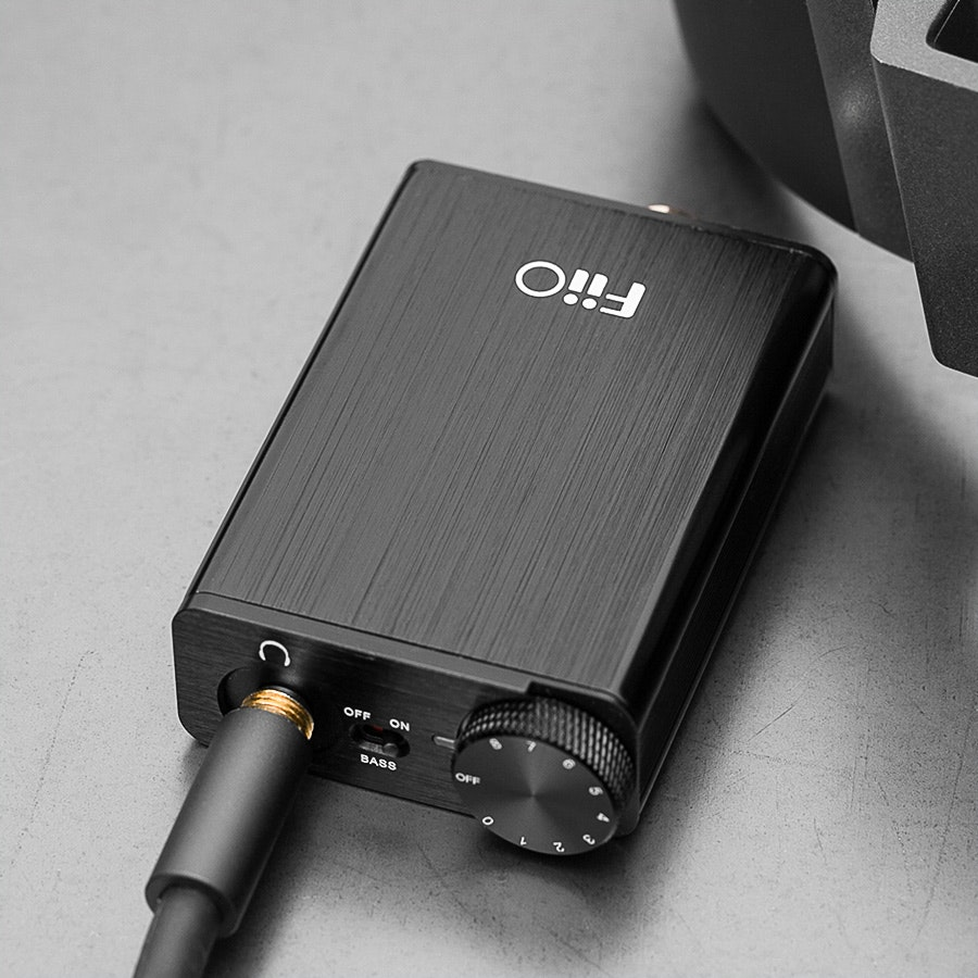 FiiO E10K USB DAC and Headphone Amplifier