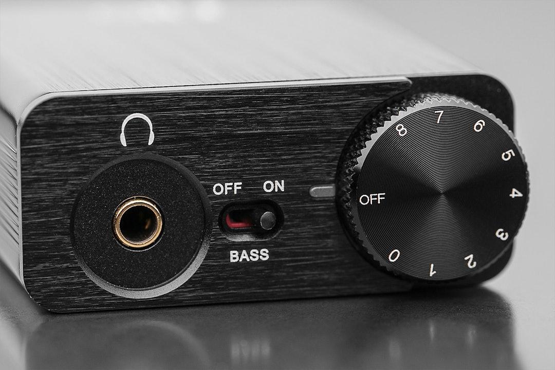 FiiO E10K USB DAC and Headphone Amplifier