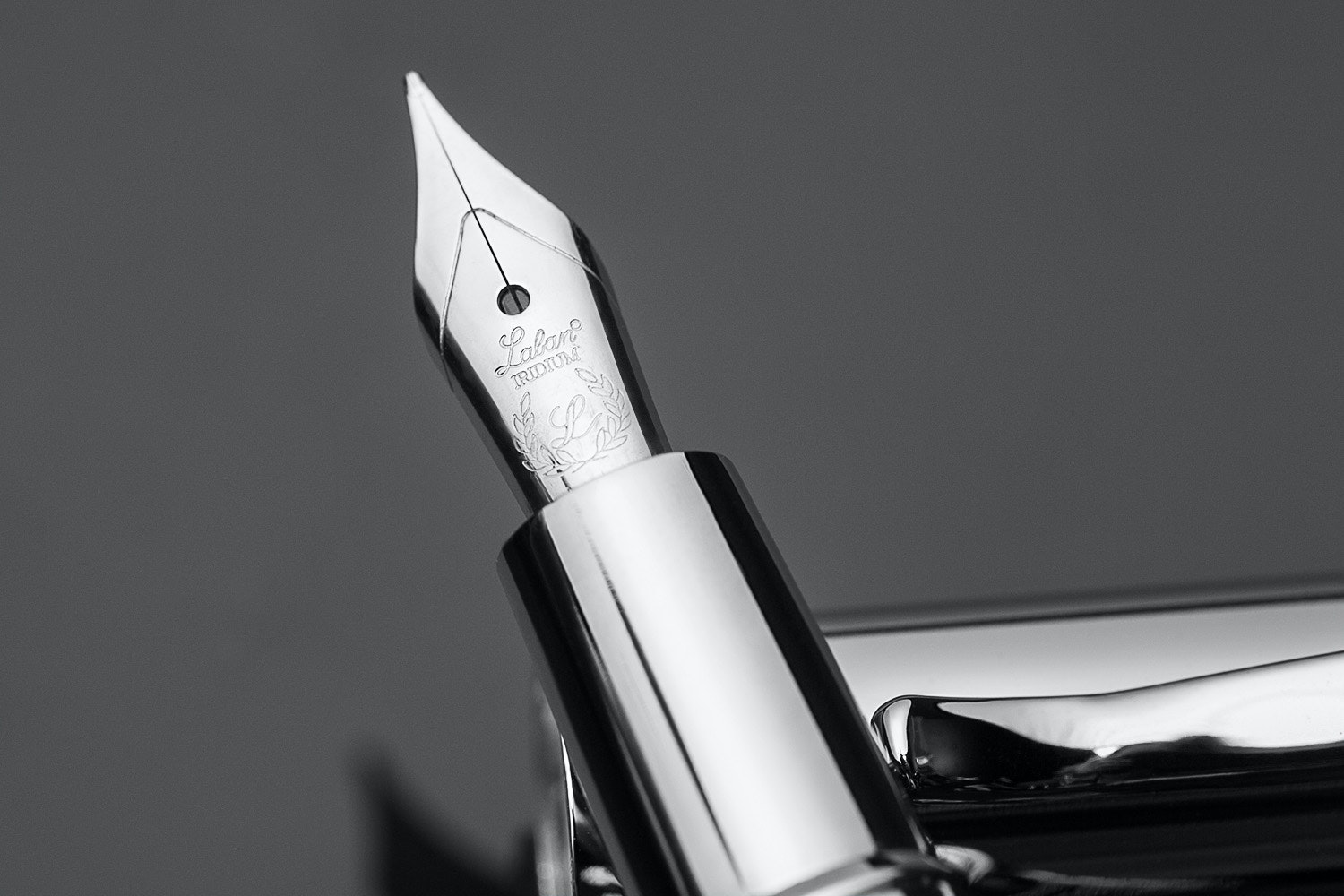 Laban Ring Fountain Pen