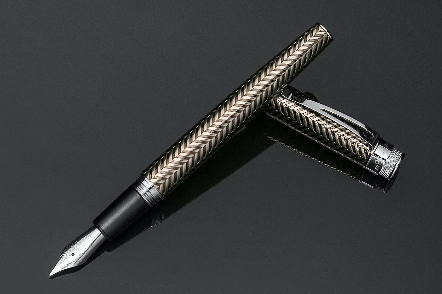 Retro 1951 Tornado Fountain Pen - Custom Edition
