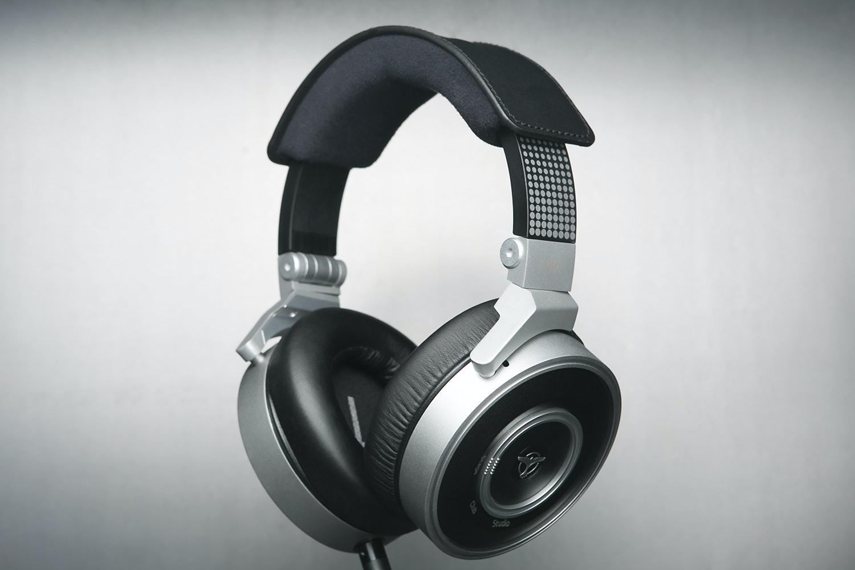 AKG K267 Tiesto Headphones