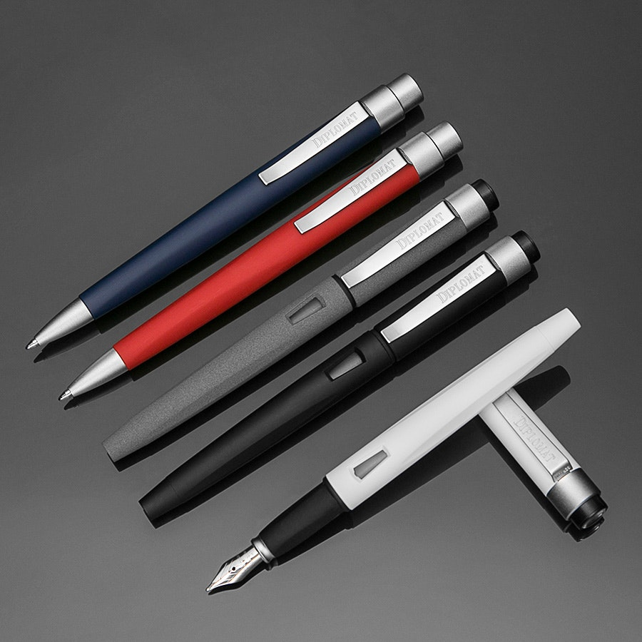 Diplomat Moderns Magnum SoftTouch Fountain Pen