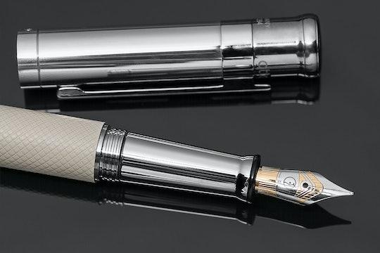 Otto Hutt Design 4 Fountain Pen