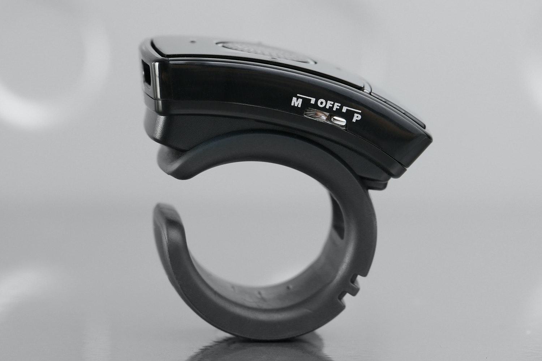 Genius Ring Presenter/Laser Pointer