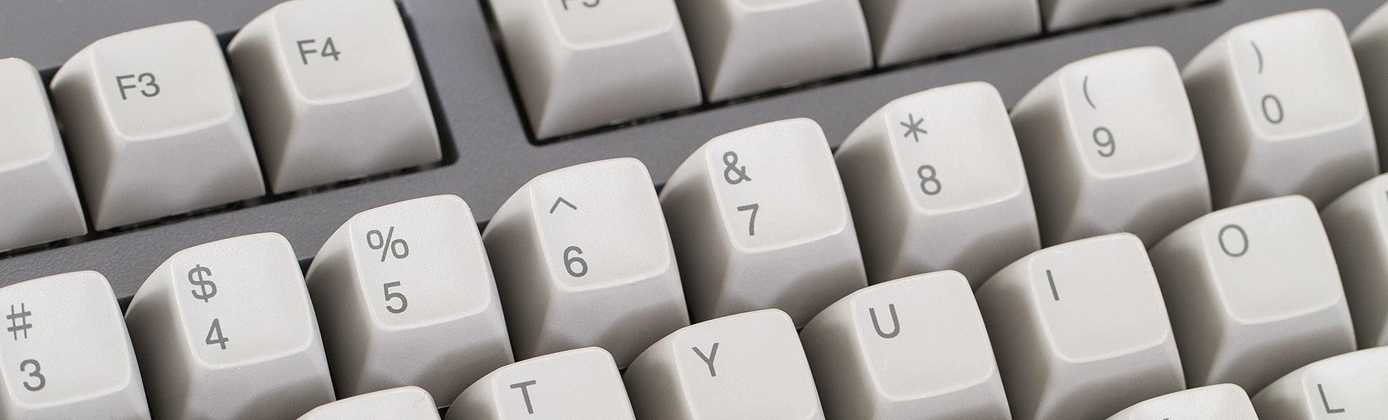 Japanese Keyboard Fountain Pen Desk Bundle