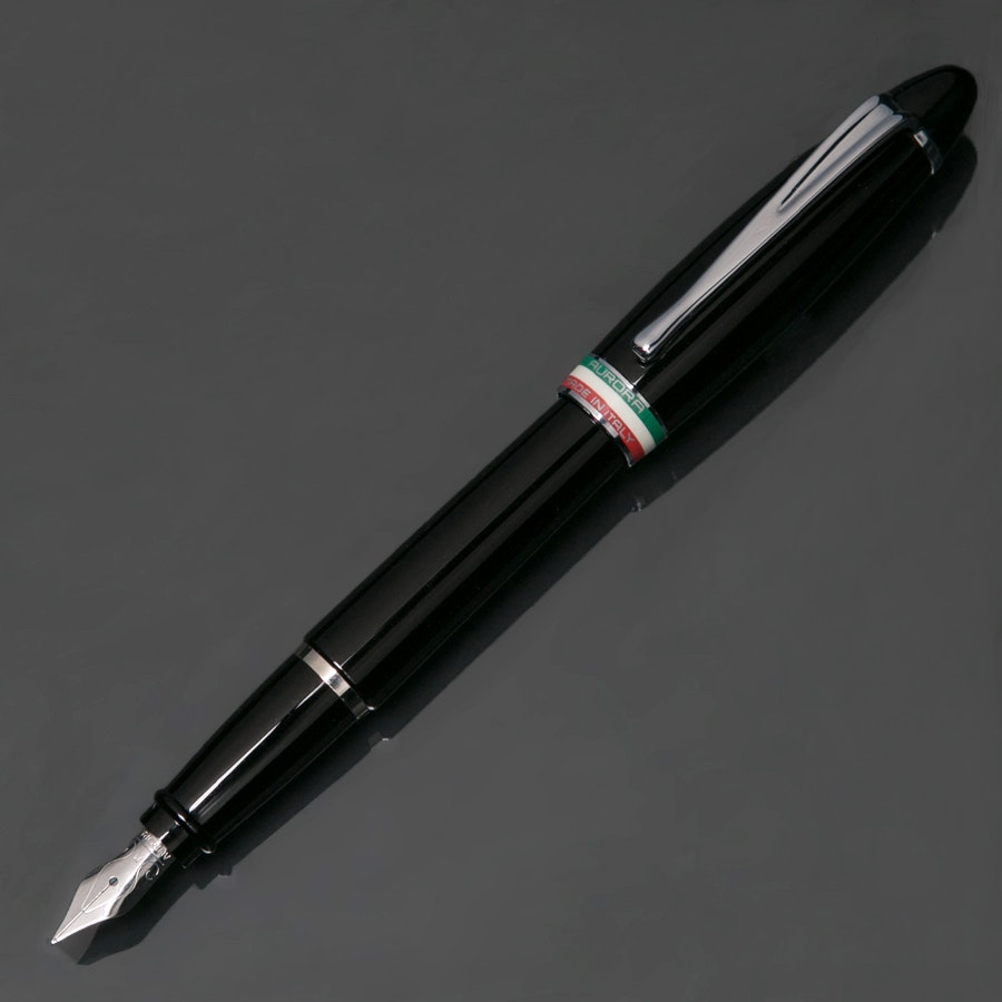 Aurora Ipsilon Tricolore Nera Fountain Pen
