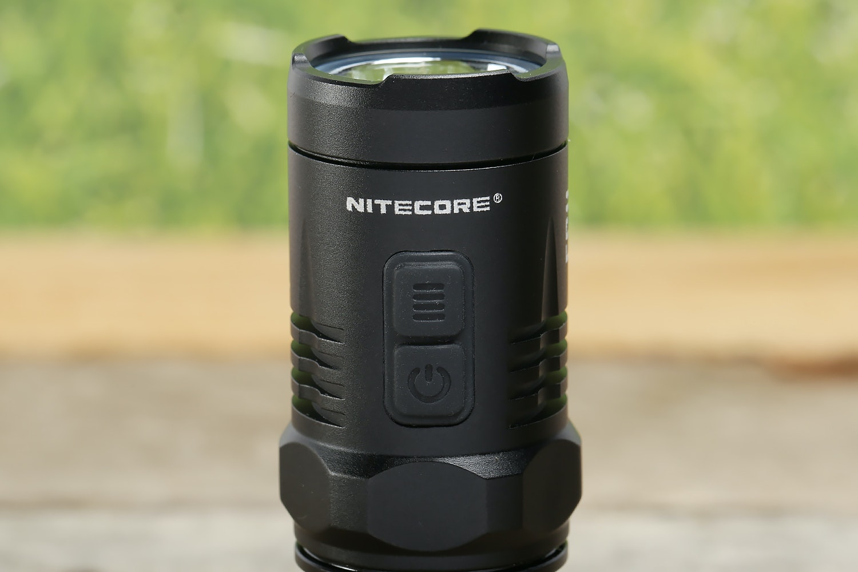 Nitecore EC11 Flashlight