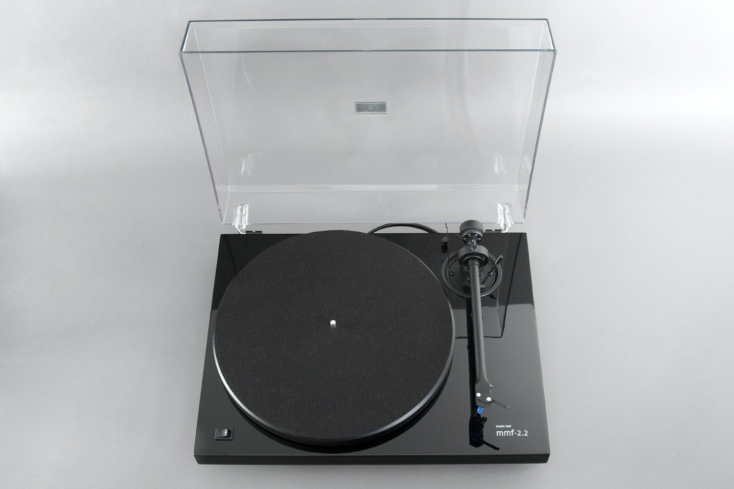 Music Hall MMF-2.2 Turntable