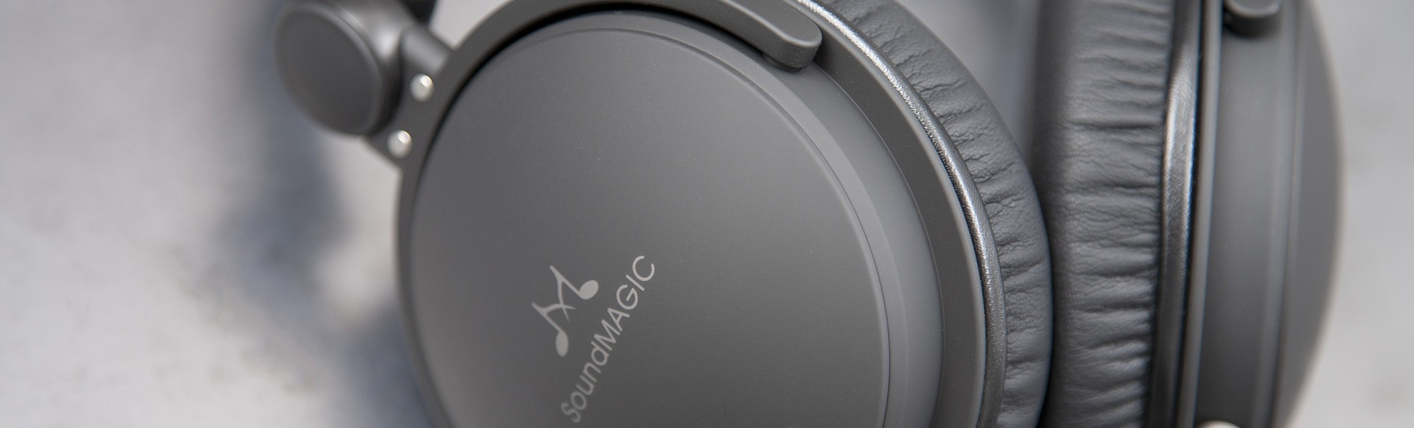 SoundMAGIC HP150 Headphones
