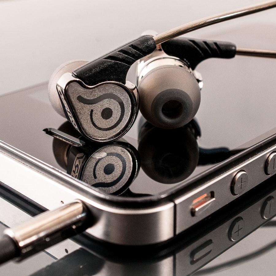 OSTRY KC06 Inner-Ear Earphones
