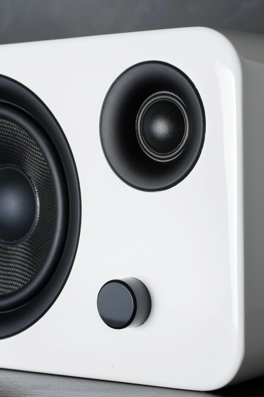 Kanto SYD6 Powered Speaker