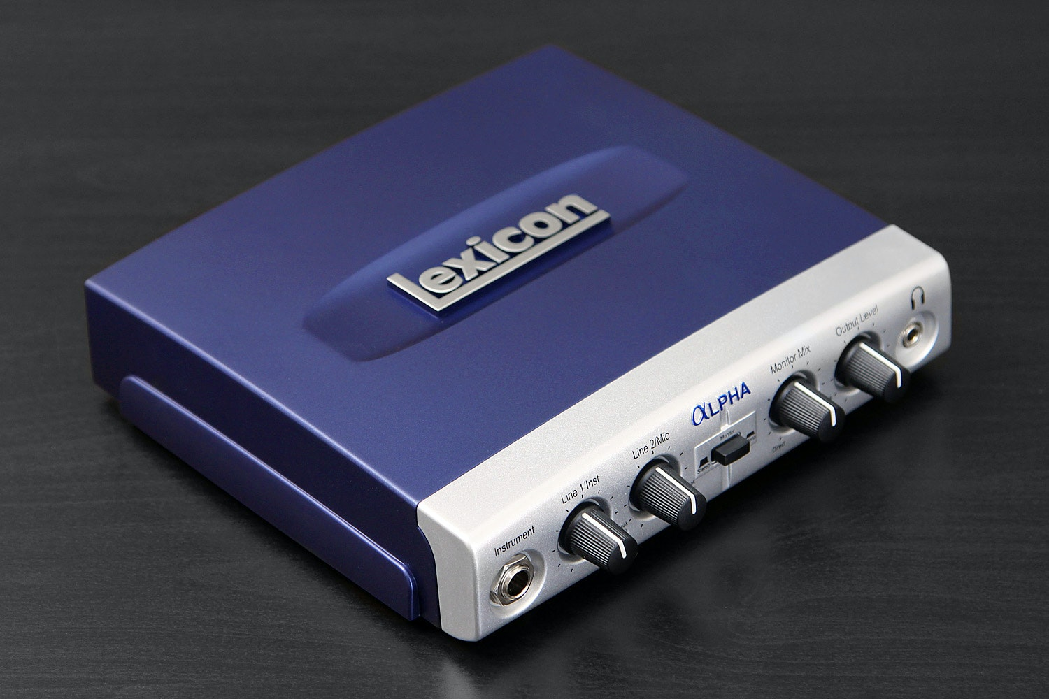 Lexicon Alpha 2x2x2 Desktop Recording Studio