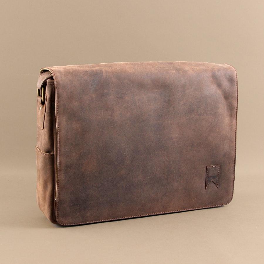Navali Mainstay Messenger Bag