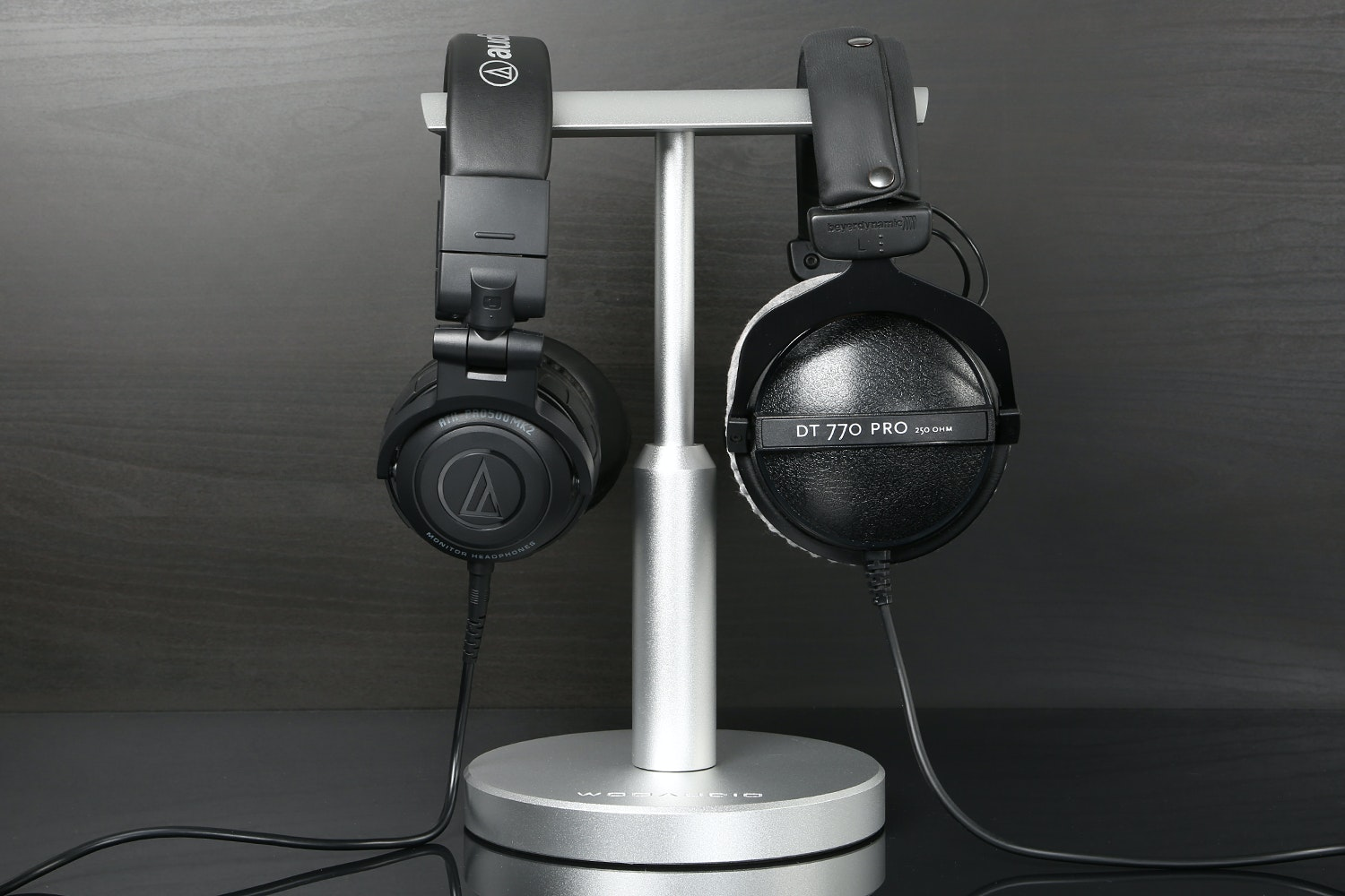 Woo Audio Adjustable Headphone Stand