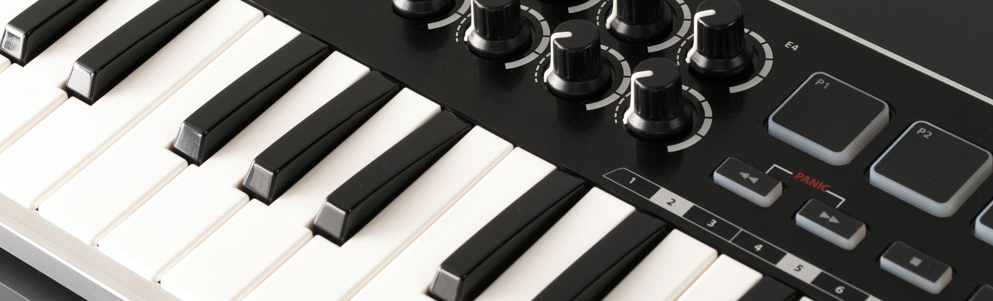 Samson Graphite M25 USB MIDI Controller