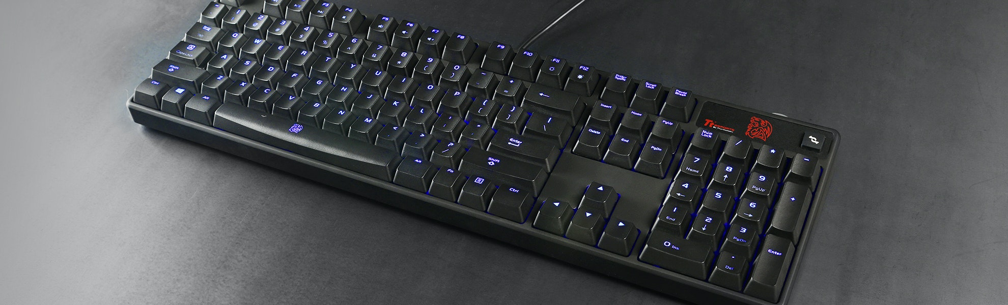 Thermaltake Poseidon Cherry MX Blue Keyboard