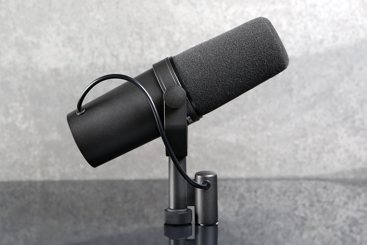 Shure SM7B Vocal Dynamic Microphone