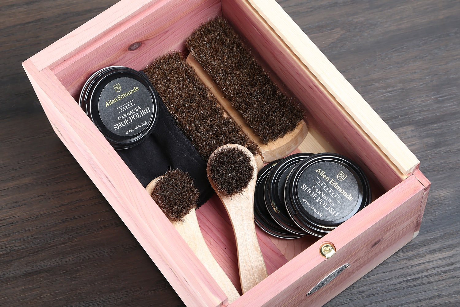 Woodlore Shoe Valet with Starter Kit